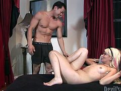 Blond haired pretty looking sexploitress rests leg stretched in bed and goes crazy about nice tender eating of her thirsting pussy by one kinky Asian dude. Watch this horny Asian man in Fame Digital porn video!