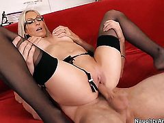 Danny Wylde makes Emma Starr scream and shout with his stiff schlong in her snatch