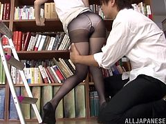 Japanese porn is so fucking unexpected time by time and this sizzling one in office outfit lets this dude pull her skirt high up!