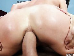 Ramon shows nice anal tricks to with the help of his stiff worm