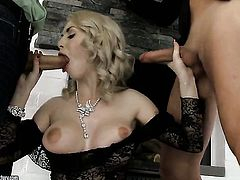 Isabella Clark put his cock in her back swing