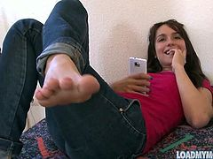 Melody Jordan and Gabriella Paltrova show their sexy feet. Gabriella is not naked, but Melody is. Melody also shows off her ass hole and smooth bald pussy.