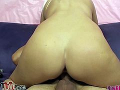 Lusty blond haired tramp Vanessa Cage gets nice cunnilingus