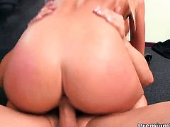 Victoria White with giant hooters shows her slutty side in cumshot action