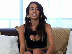 Sexy teen newcomer Janice Griffith shows she's got what it takes as she gets that tight body rocked on Casting Couch X! Perfect round perky titties, nice tight ass, sweet tight pussy, plus she gives two thumbs up when she gets a facial...I think I'm in love!