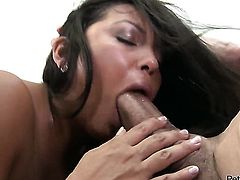 Peter North stretches hot Adriana Lunas mouth with his beefy rod to the limit