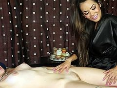 Watch these lovely gals stimulating their needs during lesbian scene