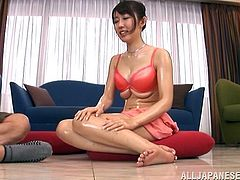 Touch yourself watching this brunette cougar, with big jugs wearing a nice bra, while she goes hardcore with a lusty fellow after giving him a handjob.