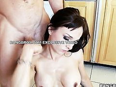 Cytherea needs nothing but her mans hard boner in her mouth to be satisfied