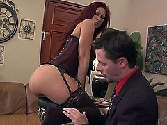 Redhead slut named Tiffany Mynx shows her big ass and get a cunnilingus