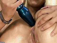 Blonde Nikky Thorne is good on her way to satisfy her lesbian girlfriend Debbie White