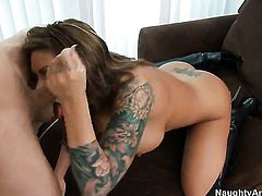 Bruce Venture loves amazingly sexy Mason MooreS backdoor and bangs her as hard as possible