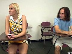 Teen Tugs brings you a hell of a free porn video where yo ucan see how the sexy blonde teen Vanessa Cage gives her man a hell of a hot handjob in the classroom.