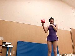 Tsubomi pleases herself with masturbation in a gym