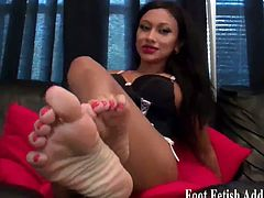 Spunk greedy with sexy feet compiled. They've been in these heels all day and they know you're just so eager to see their feet.  They want you to smell them after they peel their heels off and rub them on your face.