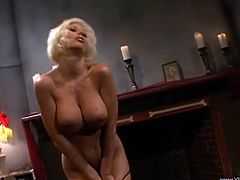 Have fun with this solo scene where the beautiful blonde Puma Swede shows off her body while pleasing her wet pussy.