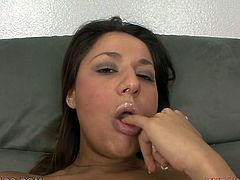 Kinky brunette chick poses for camera demonstrating her sexy curvy body. She exposes her shaved pussy in closeup shot. Then she gets face fucked.