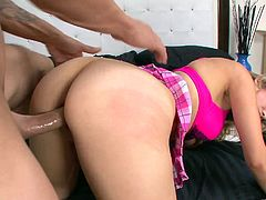 A fuckin' blonde slut sucks on a hard cock and fuckin' takes it balls deep into her fuckin' gash, hit play and check it out right here!