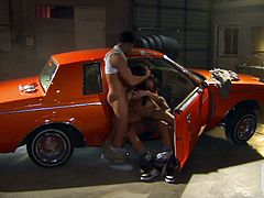 Skanky Daisy Marie gets banged by two men in a garage