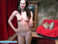 Czech newbie stripped in amateur casting