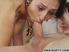 This amateur girlfriend is obsessed with giving her man rimjobs and she loves to taste his asshole. She loves to suck cock as well and mades him cum so fast.