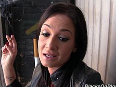 Pretty brunette Tory Lane has just had her snatch fucked hard. And she is smoking in the hall to relax and have rest.
