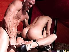 With gigantic breasts loves the way Johnny Sins moves his love torpedo up and down inside her bush