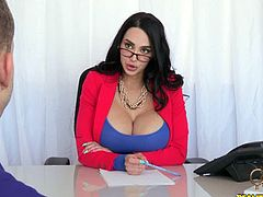 CFNM Secret brings you a hell of a free porn video where you can see how the very busty milf Amy Anderssen gets banged hard and deep into a breathtaking orgasm.