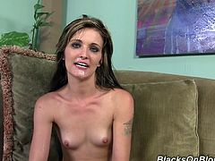 Pretty Lia Lynn Robinson Masturbates And Takes A Hot Shower