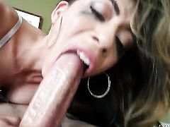 Jonni Darkko sticks his sausage in mouth-watering Heather Vahns mouth
