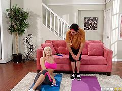 This guy is working out doing some aerobics with his neighbour when things get hot and heavy. She notices he is getting so turned on by her bouncing boobs that she offers to get down on her knees and suck his thick cock.