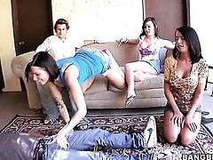 Juelz Ventura gets the hole between her legs eaten by her lesbian lover Micah Moore