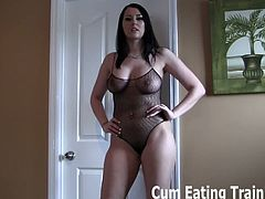 Cum Eating Training brings you a hell of a free porn video where you can see how these alluring and evil dommes are ready to make you eat cum while flaunting their bodies.
