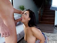 Chicana Jasmine Black with bubbly booty takes unthinkable money shot on her lovely face