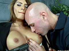 Attractive and hot babe with nice ass gets her dripping pussy licked by the bald guy. Have a look at this bitch in Brazzers Network sex video.