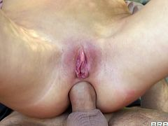 Check out this hardcore scene where the sexy Kortney Kane ends up with a messy facial after being fucked by a very large cock.