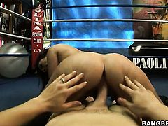 Austin Kincaid fucks like a first rate hoe in hardcore action with horny dude