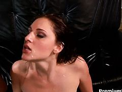 Attractive pornstar Lauren Phoenix cant resist the temptation to take heavy cum shot on her face