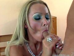 Well-stacked goddess has mutual oral sex with cocky dude before getting her slit nailed in a sideways pose and riding dick on top. Then she gets her cunny poked mish and doggystyle.