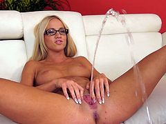 Blondie with sexy glasses, Kiara Lord, amazes by squirting during her lusty solo masturbation cam show