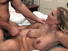 Never did Julia Ann had such intense pleasures up her creamy vag while fucking in harsh hardcore session