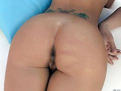Christy Mack asks her man to fuck her sweet mouth
