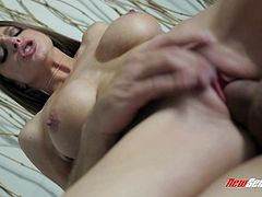 Brooklyn Chase is eaten out her man before he nails her