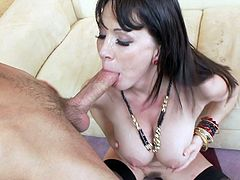 Rayveness is swallowing the big load of cum