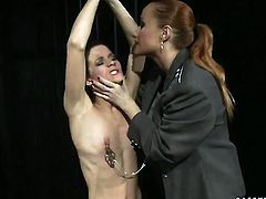 Blonde Katy Parker with huge hooters has some time to give some sexual pleasure to lesbian Lillandra