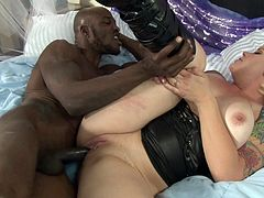 Curvaceous light-haired chick gets her phat cunny licked and plowed mish. So she blows BBC and rides it in a cowgirl pose. Then she gets her snatch drilled in a sideways pose and doggystyle until getting facialed.