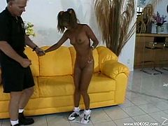 Ebony Leanni Lei takes off her dress and lies down on a sofa. This petite girl gets her ass fucked and a pussy toyed at the same time. Leanni also gets facialed.