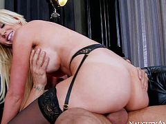 Stacked blonde Gigi Allens in pink bra n black nylon stockings pulls out her big boobs to get things started She enjoys dudes stiff rod in her fuck hole after some cock sucking and pussy eating.