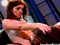 Jayden James and Taylor Vixen go fully lesbo in this exciting and wild free porn video. Watch the hot blonde and the sexy brunette munching and dildoing their cunts.