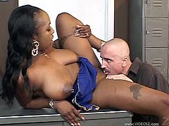 Thickalicious black bitch blows long white dick and gets her muff eaten. Then she gets her pussy hammered mish and doggystyle until dude cums on her ass.